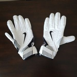 NEW Nike D-Tack NFL Football Lineman Gloves